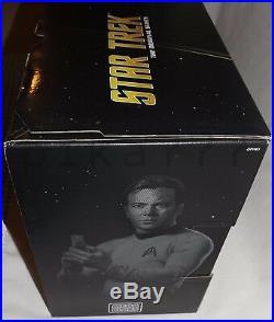 MEGA BLOKS Star Trek U. S. S. ENTERPRISE NCC-1701 The Original Series Spock Kirk