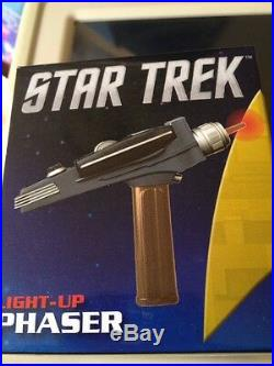 Star Trek Original Series Final Frontier Phaser Remote Control THE WAND CO. NEW