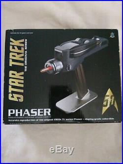 The Wand Company Star Trek Original Series Phaser Universal Remote Control NEW